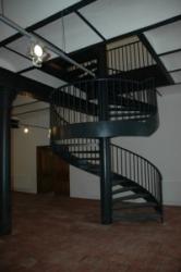 Točité schodiště v budově bývalého pivovaru Harracha v Jilemnici