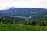 Pohled do údolí Pece pod Sněžkou